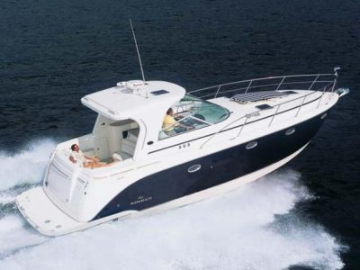 Rinker-43-express-cruiser